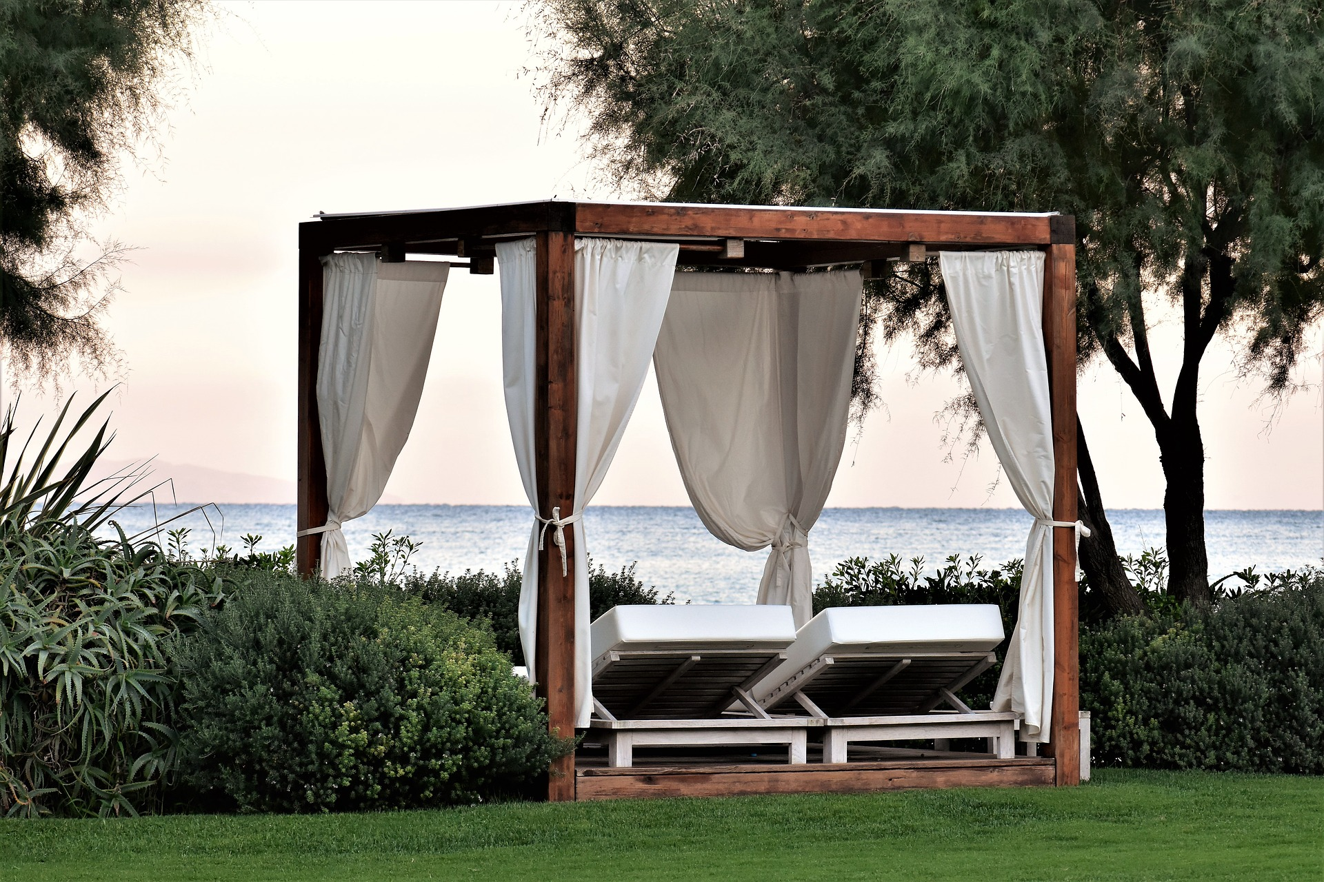 The Best Home Design Ideas for Your Outdoor Living Area bed outside