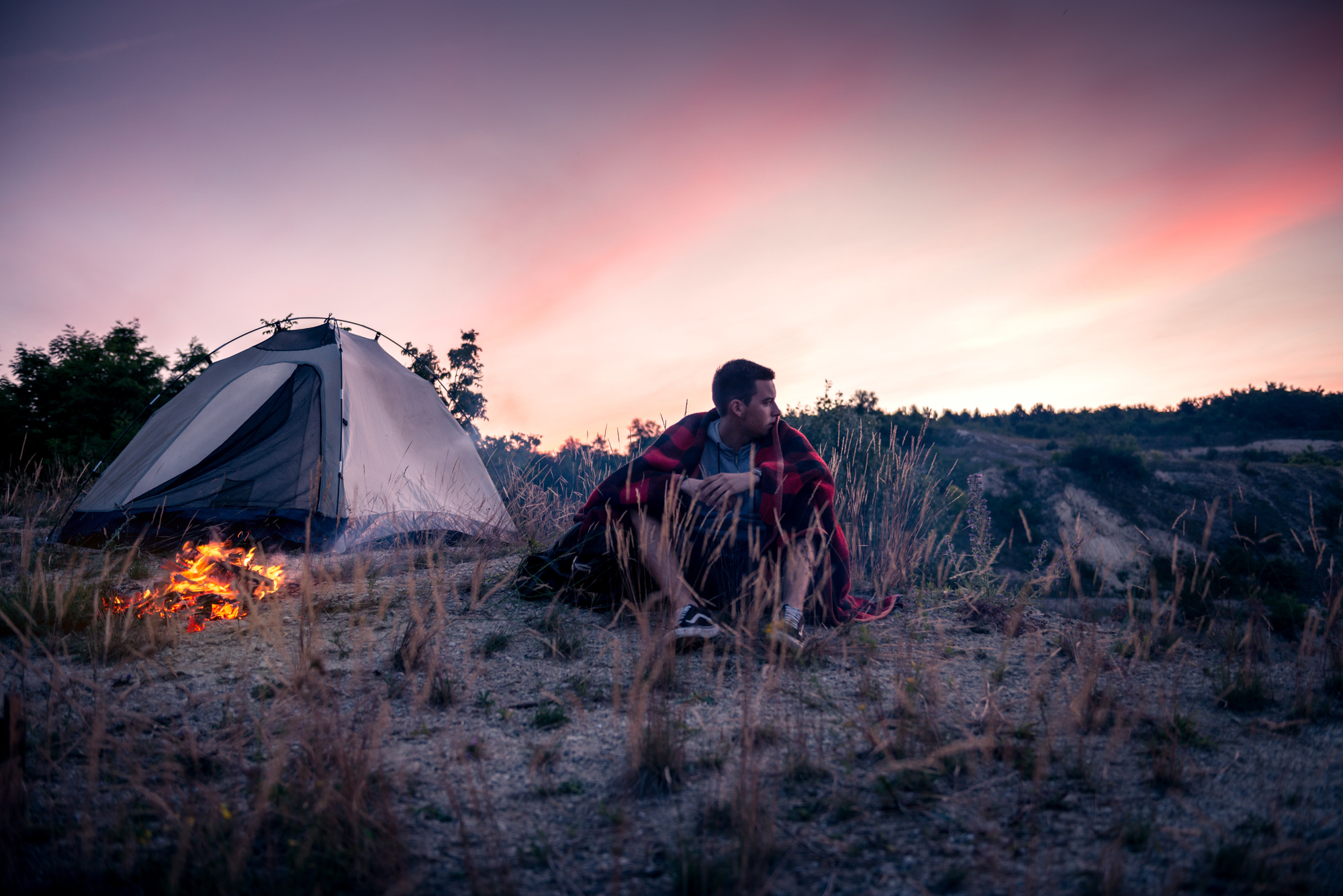 Modern Men Outdoors: The 6 Coolest Camping Gadgets Sure to Impress Your Friends