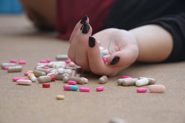 How to Help an Addict in Recovery: 10 Tips for Friends and Family