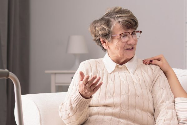 How to Find a Caregiver for Your Loved One: 5 Tips You Should Know