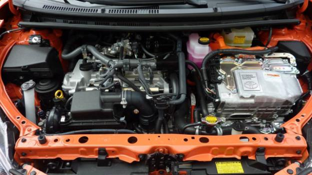 Coolant Engine Must be Changed in Every 3-5 Years