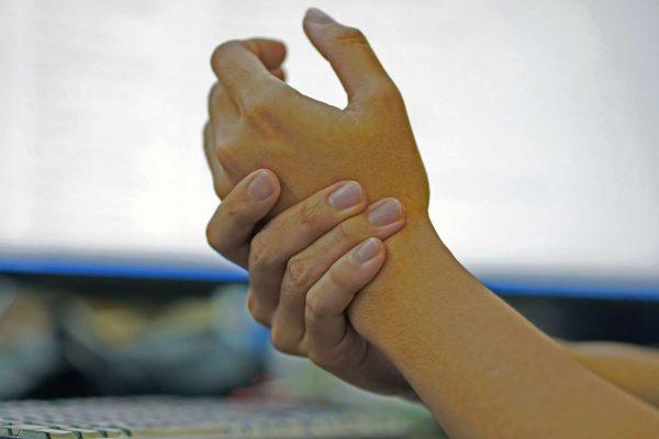 numbness in hands