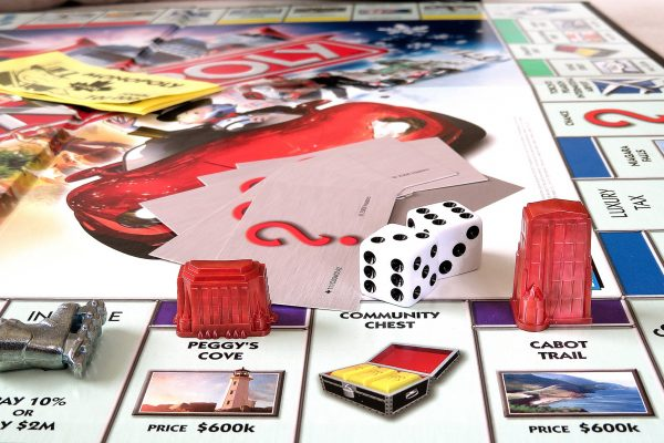 Games to Play With Family to Bring Fun Times at Home