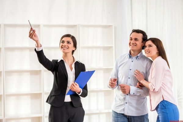 How to get into real estate